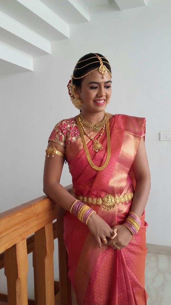 Makeup artist in mumbai photos